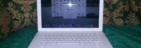 Narsis + Ngeksis : Akhirnya Punya Macbook White Juga